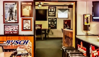 Raceway Grill - dining area 3